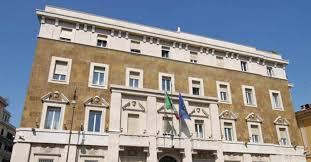 """""""Il Giudice in Italia applica la legge, viola la Costituzione""""  Corrado CARNEVALE    L'imperterrita disapplicazione dell'art. 105 Cost. da parte del C.S.M."""